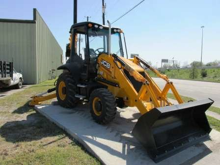 2013 Jcb 3CX Utility Backhoes