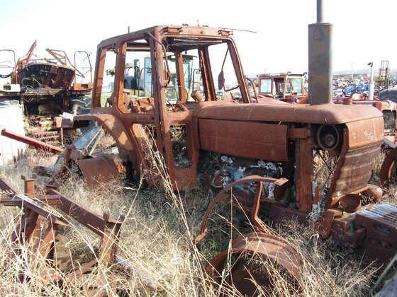 1988 Ford 8210 (SALVAGE) Tractors