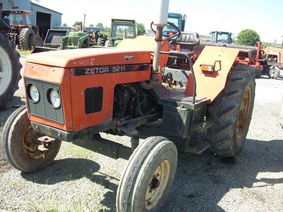 Zetor 5211 (TRACTOR) Tractors in