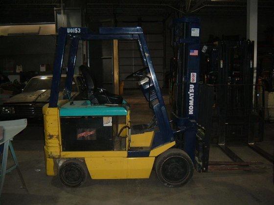 Komatsu FB25SH-4 Forklifts in Bensalem,
