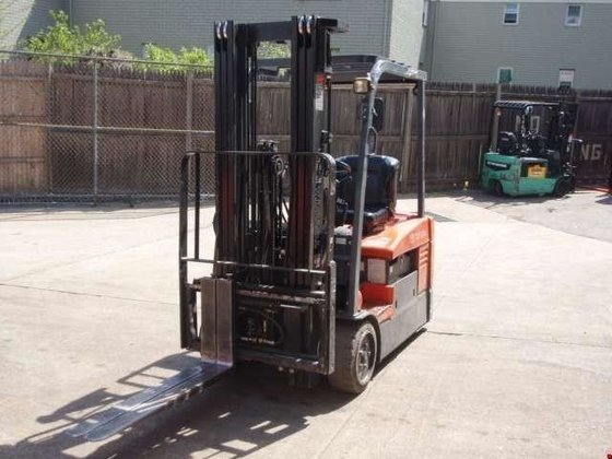 2006 TOYOTA 7FBEU15 Forklifts in