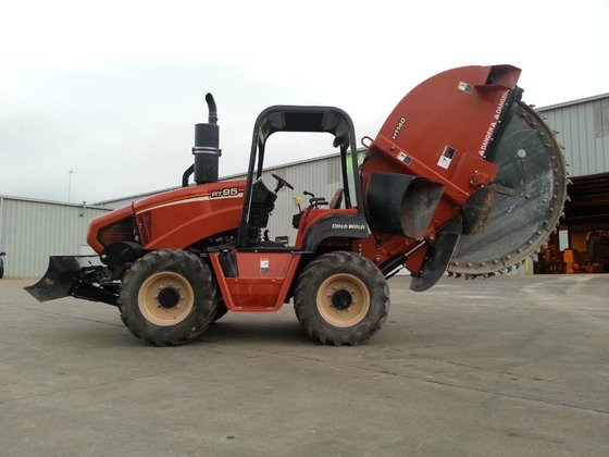 2012 Ditch Witch RT95 Trenchers