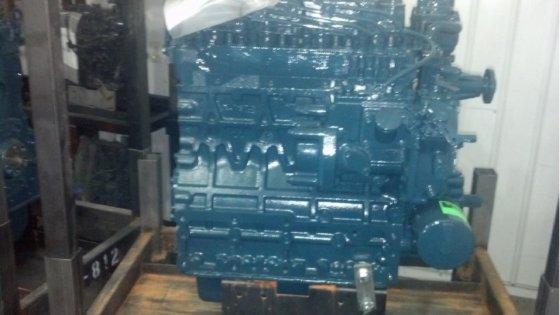 MOFFETT REMANUFACTURED KUBOTA ENGINE TO