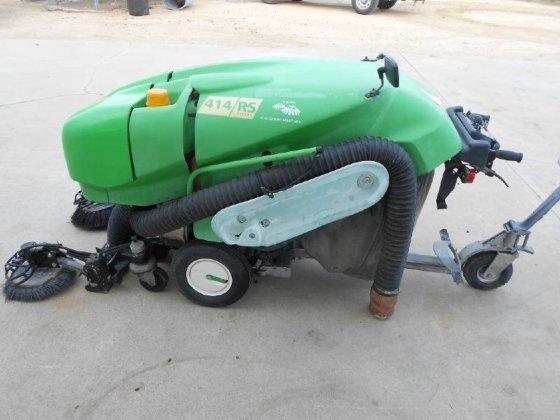 TENNANT Green Machine 414RS Sweeper