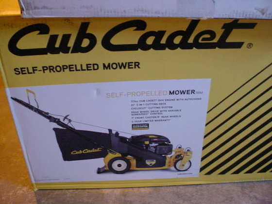 2013 CUB CADET Self propelled