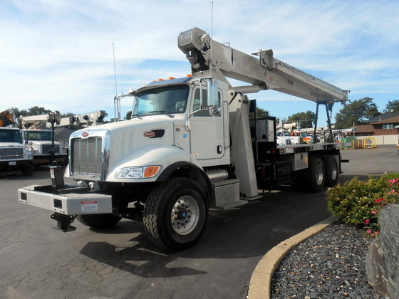 2015 National Crane 9103A Booms
