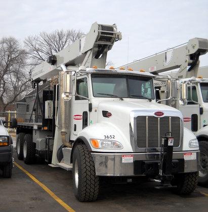 2013 National Crane 9103A Booms