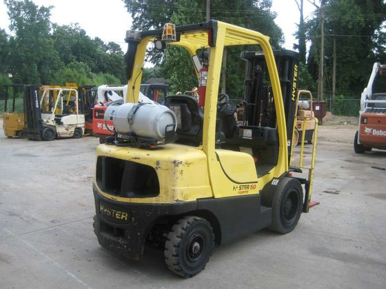 2005 Hyster H50FT Forklifts in
