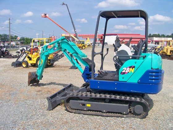 2007 Ihi 28N-2 Excavators in