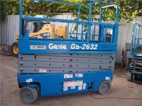 2007 Genie GS-2632 Work platforms