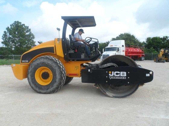 2011 Jcb VM115D Compactors in