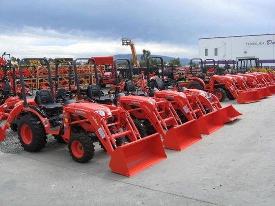 2017 KUBOTA Tractors and Excavators