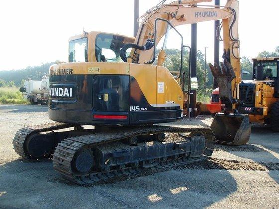 2011 HYUNDAI R145LCR-9 Excavators in