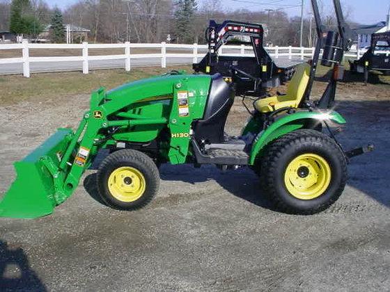 JOHN DEERE 2320 Compact tractors
