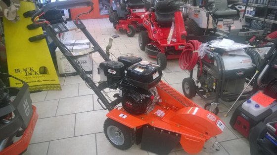 2015 HUSQVARNA SG13 STUMP GRINDER