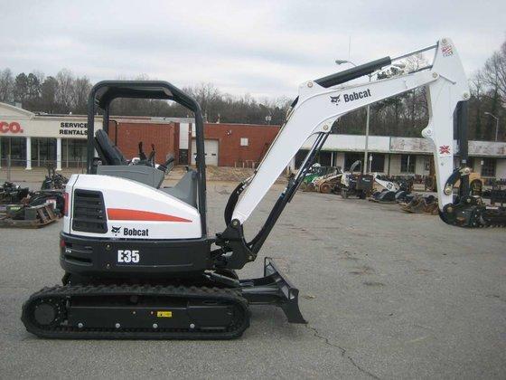 2015 Bobcat E35 T4 Excavators