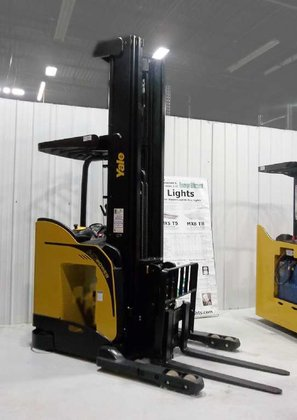 2013 Yale NRD035EB Forklifts in