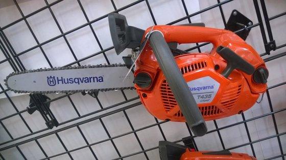 """2015 HUSQVARNA T435 X-Torq 14"""""""