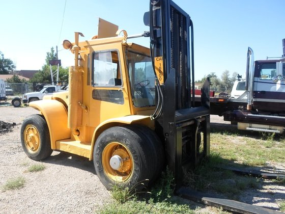 1981 HYSTER H180H Forklifts in