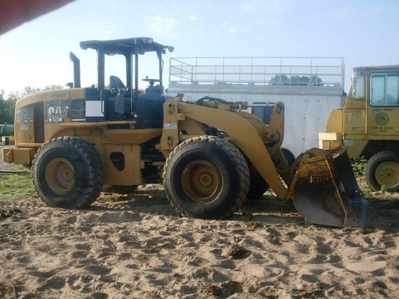 2004 CATERPILLAR 928G Loaders in