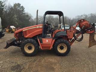 2004 Ditch Witch RT90 Trenchers