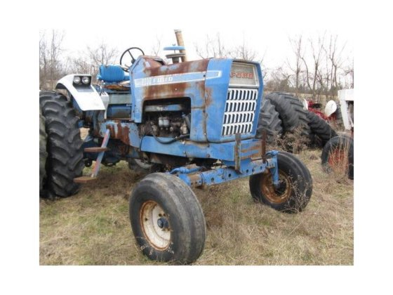 1969 FORD 8000 Tractors in