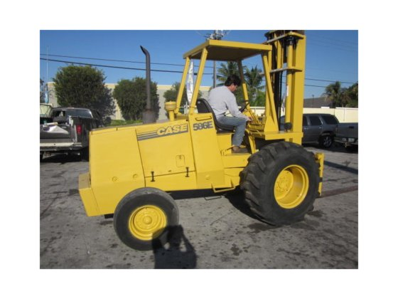 1998 CASE 586E Forklifts in