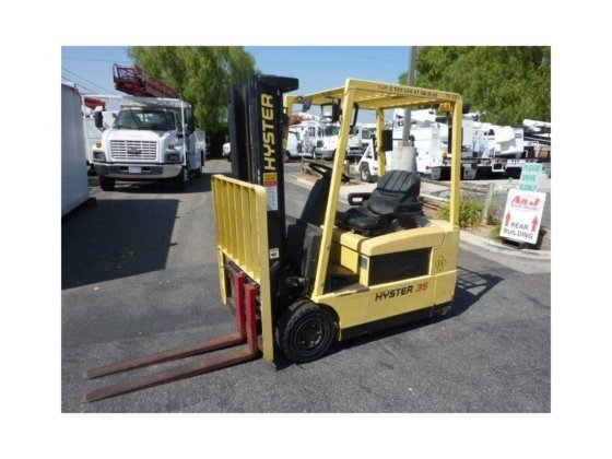 2003 HYSTER J35XMT2 Forklifts in