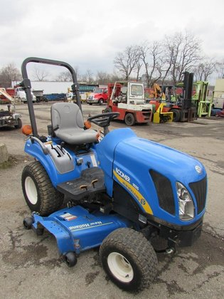 2009 NEW HOLLAND 1025 BOOMER