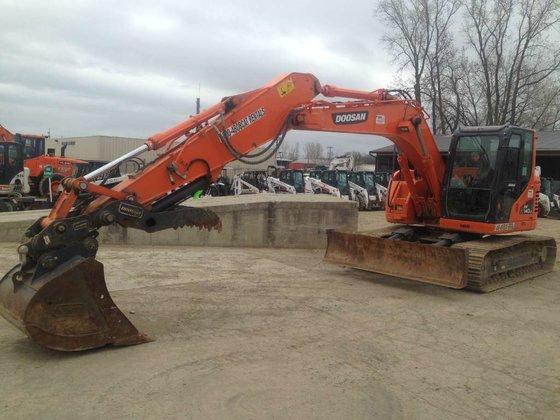 2013 Doosan DX140LCR-3 Excavators in