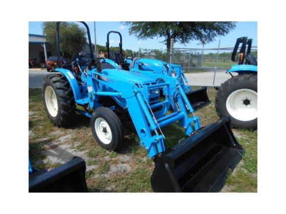 LS TRACTOR G3038 Tractors in