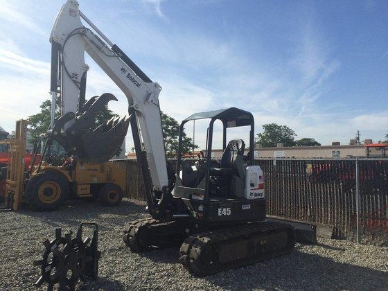BOBCAT E45 Excavators in Bakersfield,