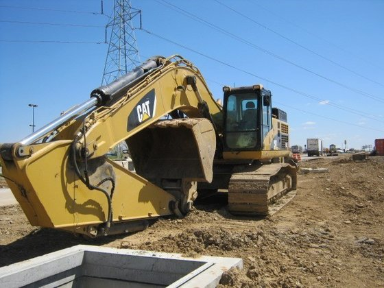 2008 CATERPILLAR 345C Excavators in