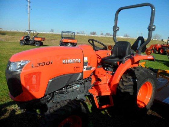 2015 Kubota L3901HST Compact tractors