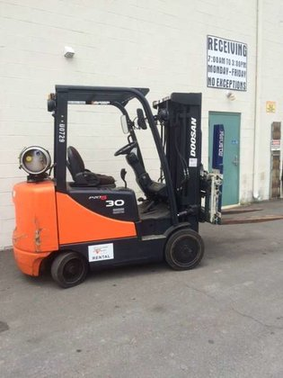 Doosan DC30P-5 Forklifts in PA