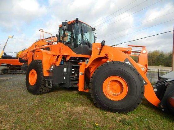 2014 Doosan DL550-5 Loaders in