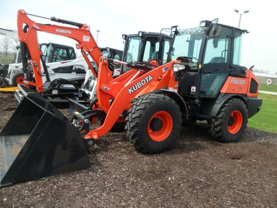 2015 Kubota R630 Loaders in
