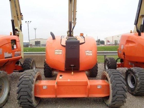 2006 JLG 600A Refurb in