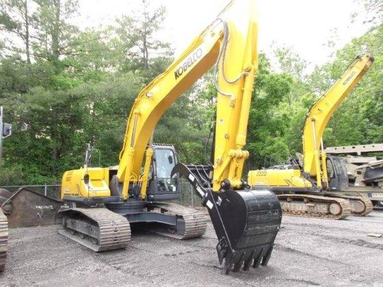 KOBELCO SK260 LC Excavators in