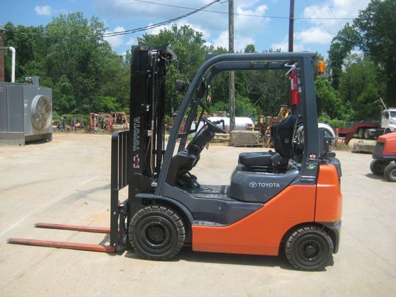 2015 Toyota 8FGU15 Forklifts in
