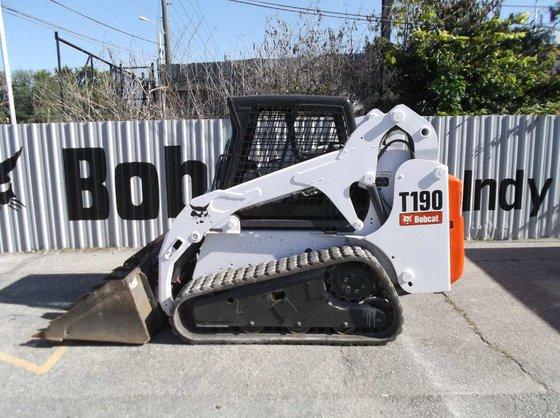 2004 Bobcat T190 Compact track