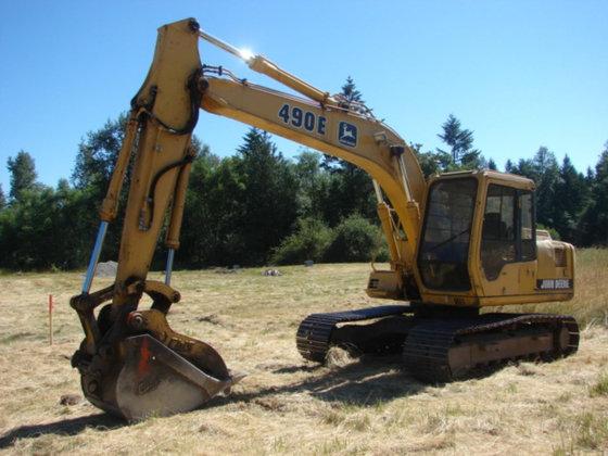 1999 JOHN DEERE 490E Excavators