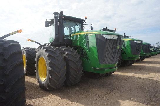2013 John Deere 9410R Tractors