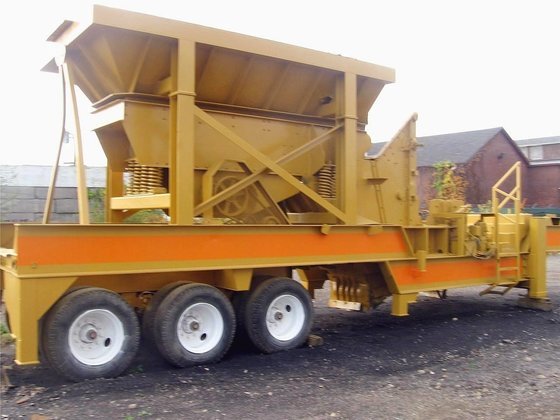 1995 CEC 133x115 Crushers in