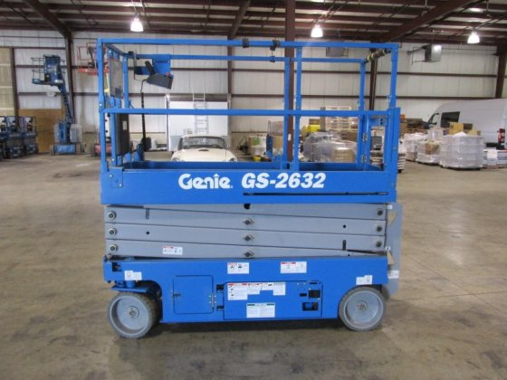 2016 GENIE GS2632 Scissor lifts