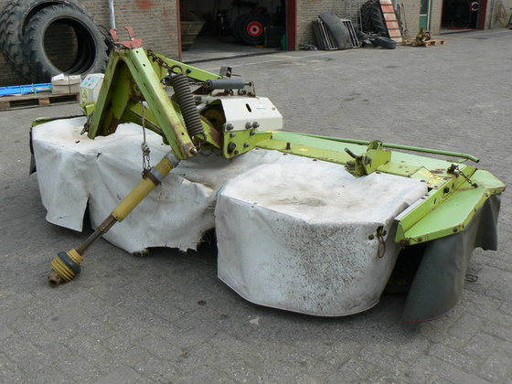 Claas Corto 3100F in Franeker,