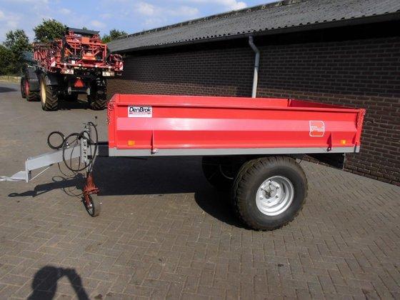 morgnieux kiepwagen in Schaijk, Netherlands