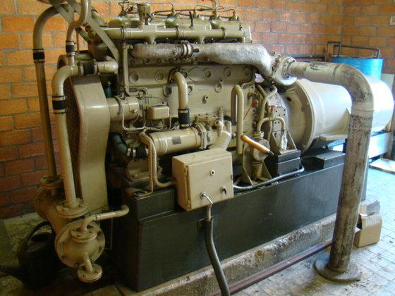 Henschel 150 kVA 227A in