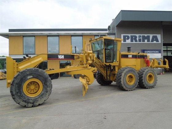 1998 Caterpillar 16H in Hardenberg,