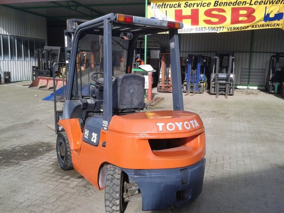 Toyota 02 - 7 FDF